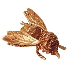 Sweet 14k Gold Honey Bumble Bee Pin Ruby Eyes