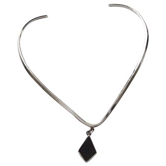 Vintage Taxco Sterling Collar Necklace with Black Onyx Dangle