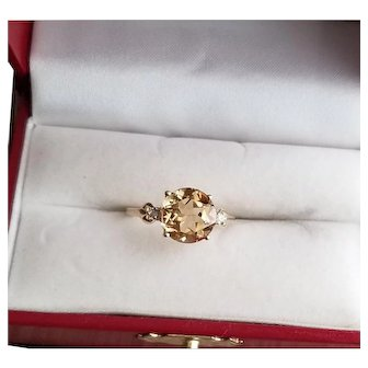 Vintage 10k Gold Citrine Right Hand Ring size 7.5