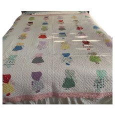 Pristine Antique Feed Sack Quilt Sunbonnet Sue with Pink Back & Trim