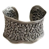 Impressive Vintage Sterling Silver Repousse Cuff Bracelet Flowers and Vines