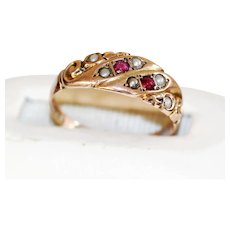 Very Sweet Victorian 9ct Garnet and Seed Pearl Ring