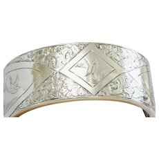 Very Lovely Silver Aesthetic Design Bangle or Cuff Antique Bracelet - Birds