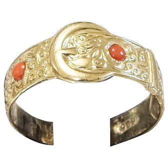 Lovely Antique 15k Gold Buckle Ring With Coral