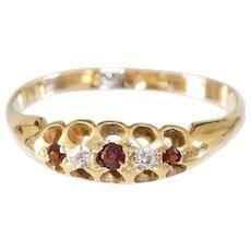Antique 18k Ring Garnet and Diamonds