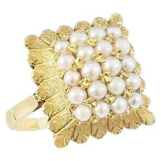 18k Vintage Pearl Ring from the 70s