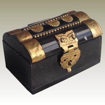 19thC miniature casket for fashion doll