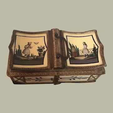 Fabulous 1830s French Eglomise Bon Bon Box