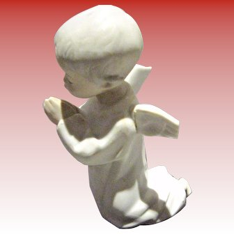 Liadro Praying Angel