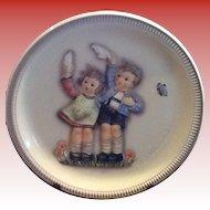 M.I. Hummel Figurine Plate a 1985