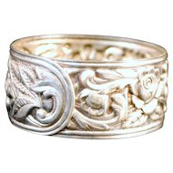 S Kirk & Sons Sterling Silver Repousse Napkin Ring