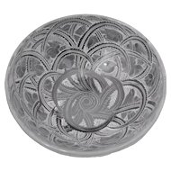Lalique Pinsons Birds &  Fern 9.25 inch Diameter Bowl