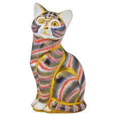 Royal Crown Derby Cat Figurine Paperweight