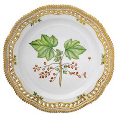 Royal Copenhagen Flora Danica Reticulated Edge 10.5 inch Dinner Plate