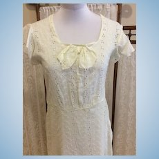 Vintage 1930's Eyelet Daydress in Pale Yellow