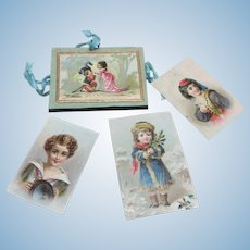 French Fashion Portfolio Album Doll Accessory