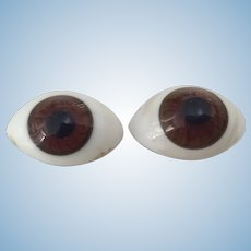 Beautiful Antique French Paperweight Eyes 10 mm