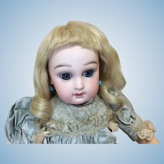 "Antique 9 1/2-10"" Mohair Blonde Wig W/ Bangs"