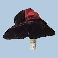 """Antique Velvet Bonnet 10"""""""
