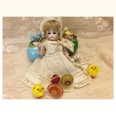 Teeny Tiny Vintage Baskets & Chicks for Mignonette All Bisque Doll House