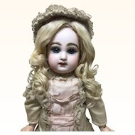 Size 7 Jumeau in Antique Clothing