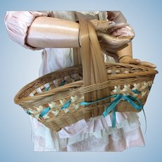 Lovely Vintage Doll Basket w/Silk Ribbon