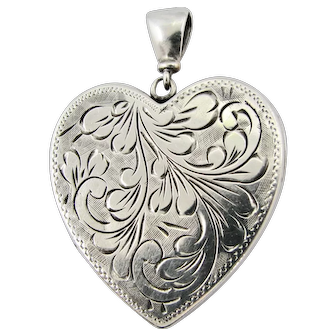 Vintage Large Sterling Silver Etched Heart Locket Fully Hallmarked