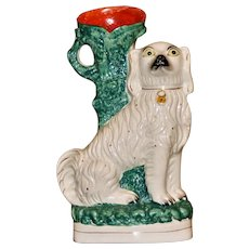 Large 19th Century Staffordshire Comforter Spaniel with Spill Vase