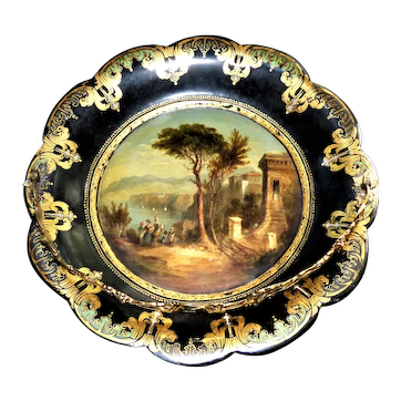 Mid-19th Century Victorian Papier Mache Shaped Dish with Swing Handle