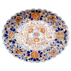 19th Century Large Meiji Period Oval Scalloped Imari Dish