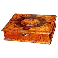 17th Century William and Mary Oyster Veneered and Marquetry Inlaid Laburnum Lace Box