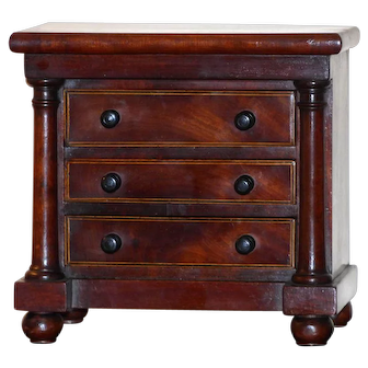 Miniature Victorian Mahogany Three-Drawer Chest with Columns