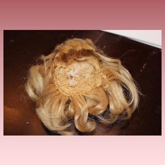 Rare tiny size French Antique Blond mohair doll wig, with top knot, bangs, 4 inch head circumference! For a small all bisque doll!