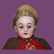 Simon & Halbig Bisque head, #1079 Jointed doll body, all original! No hairlines! Sweet doll!!