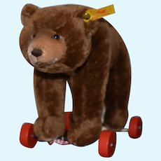 Steiff mohair Bear on wheels!  Un Played with Condition!