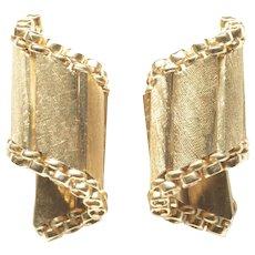 14-Karat Yellow Gold Florentine Finish Earrings, by Felger, c. 1950s