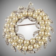 Vintage Jomaz faux pearl and rhinestone Belle Epoque design Brooch