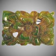 Carved apple juice green bakelite brooch c.1930.