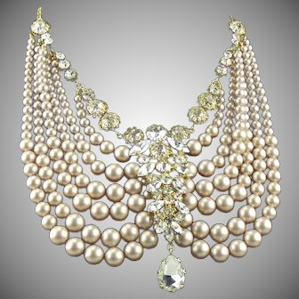 Early signed  1955 Christian Dior blush pearl festoon necklace by Henkel & Gross