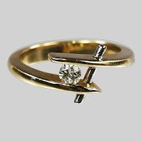 Beautiful 14K yellow and white gold ring with .15ct diamond