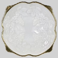 Vintage Anchor Hocking opaque glass footed Bowl