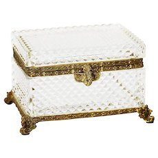 Xl Clear crystal trinket or jewelry Casket with hinged lid