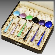 Vintage Norway sterling silver enamel set of demitasse spoons in presentation box