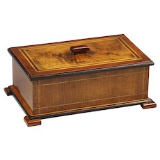 Large Antique Shaker style maple with tiger wood inlay Box