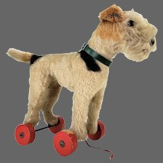 Vintage Steiff Dog Pull Toy ca1950