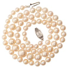 Vintage Japanese cultured pearls necklace 0.50 ct diamond Art Deco  clasp