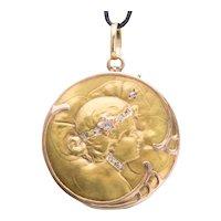 Antique Art Nouveau locket/pendant diamonds gold 18 k circa 1900