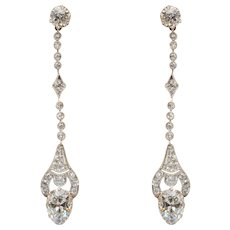 Splendid Early Art Deco 3.98 cwt diamond platinum drop earrings circa 1918 s