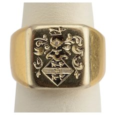 Victorian signet ring 18 k yellow gold circa 1900