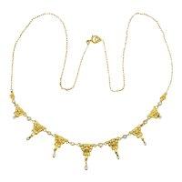 Art Nouveau necklace pearls 18 karat yellow gold circa 1900